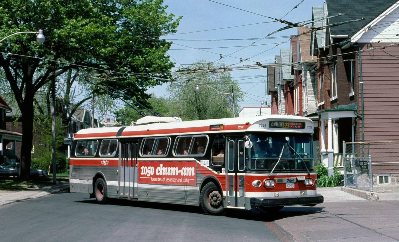 vintage ttc bus