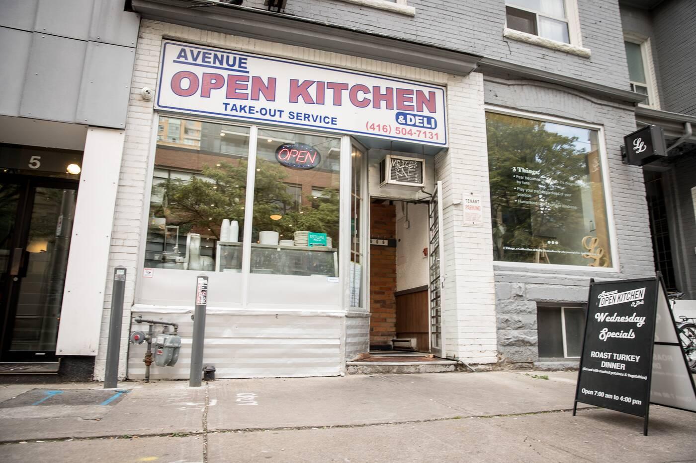 Avenue Open Kitchen Toronto