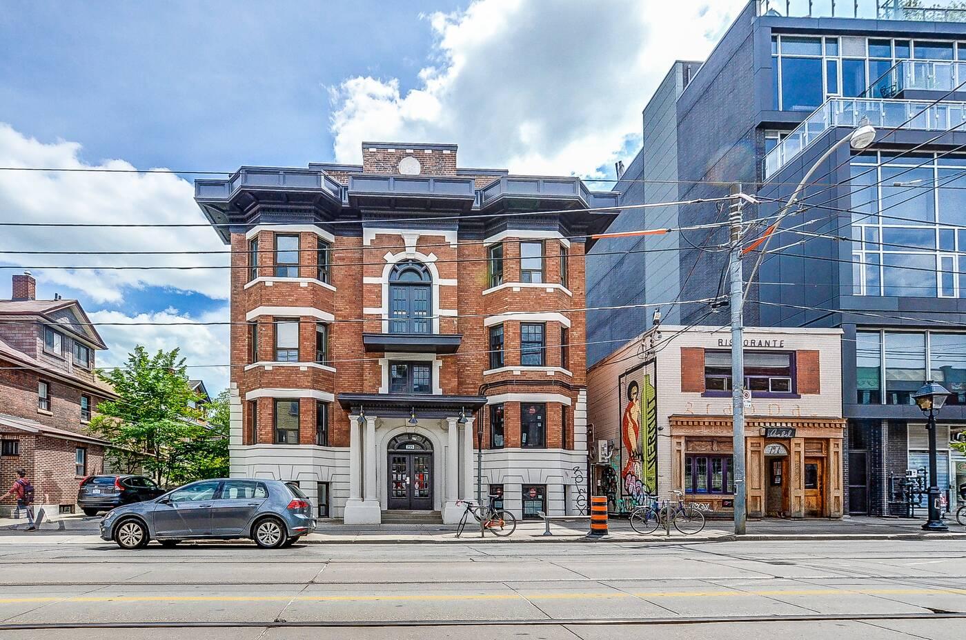 795 College Street Toronto