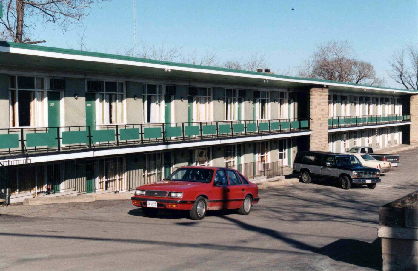 lakeshore motel toronto