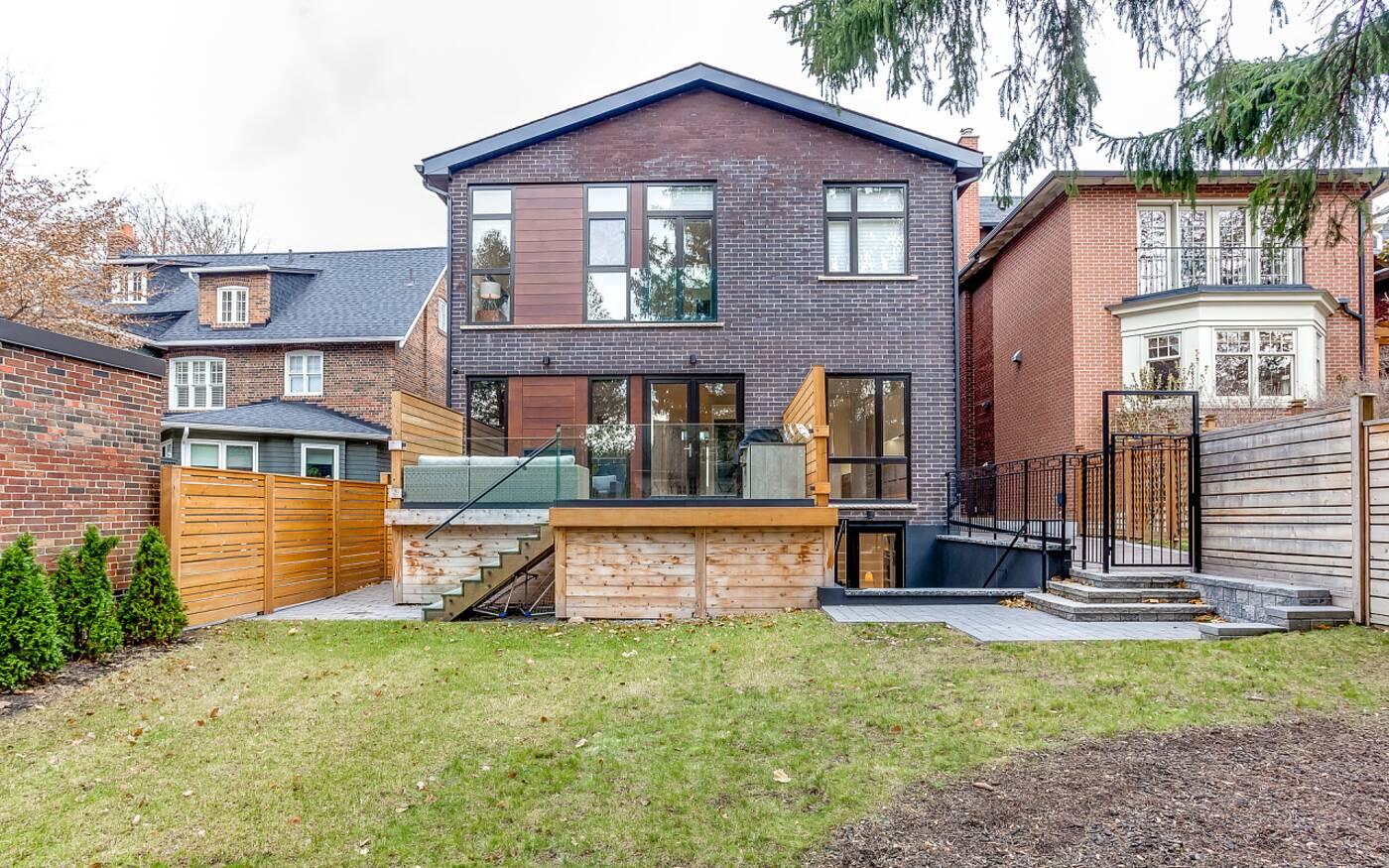 276 Inglewood Drive Toronto