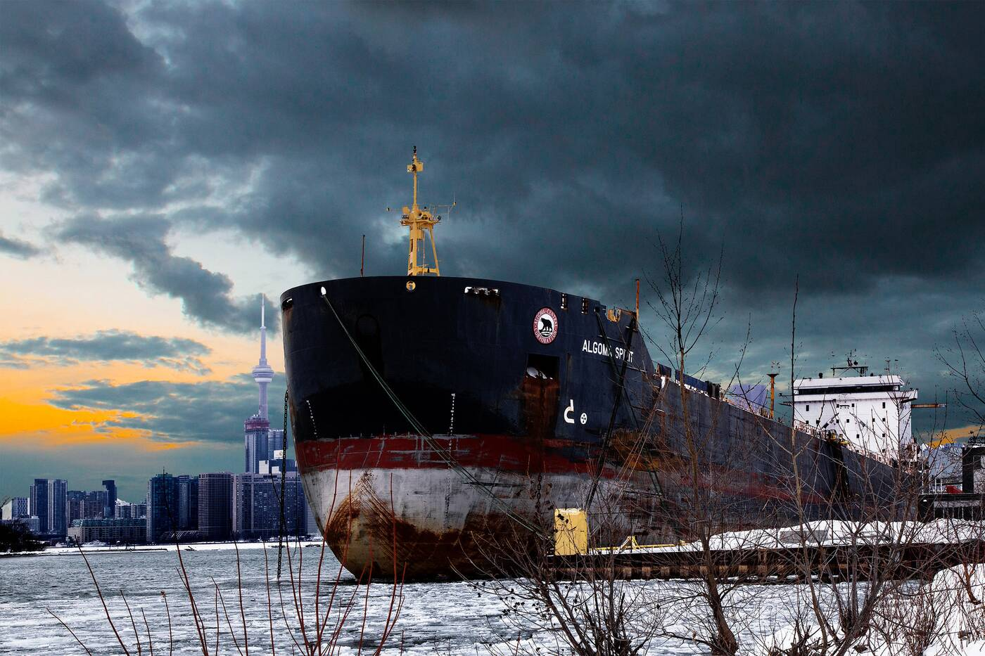 Toronto frozen waterfront