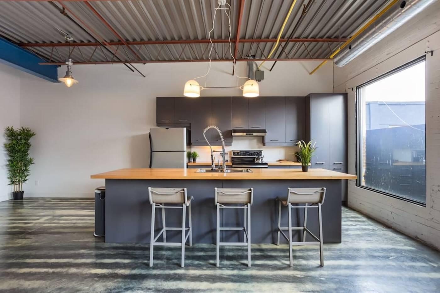 airbnb loft toronto