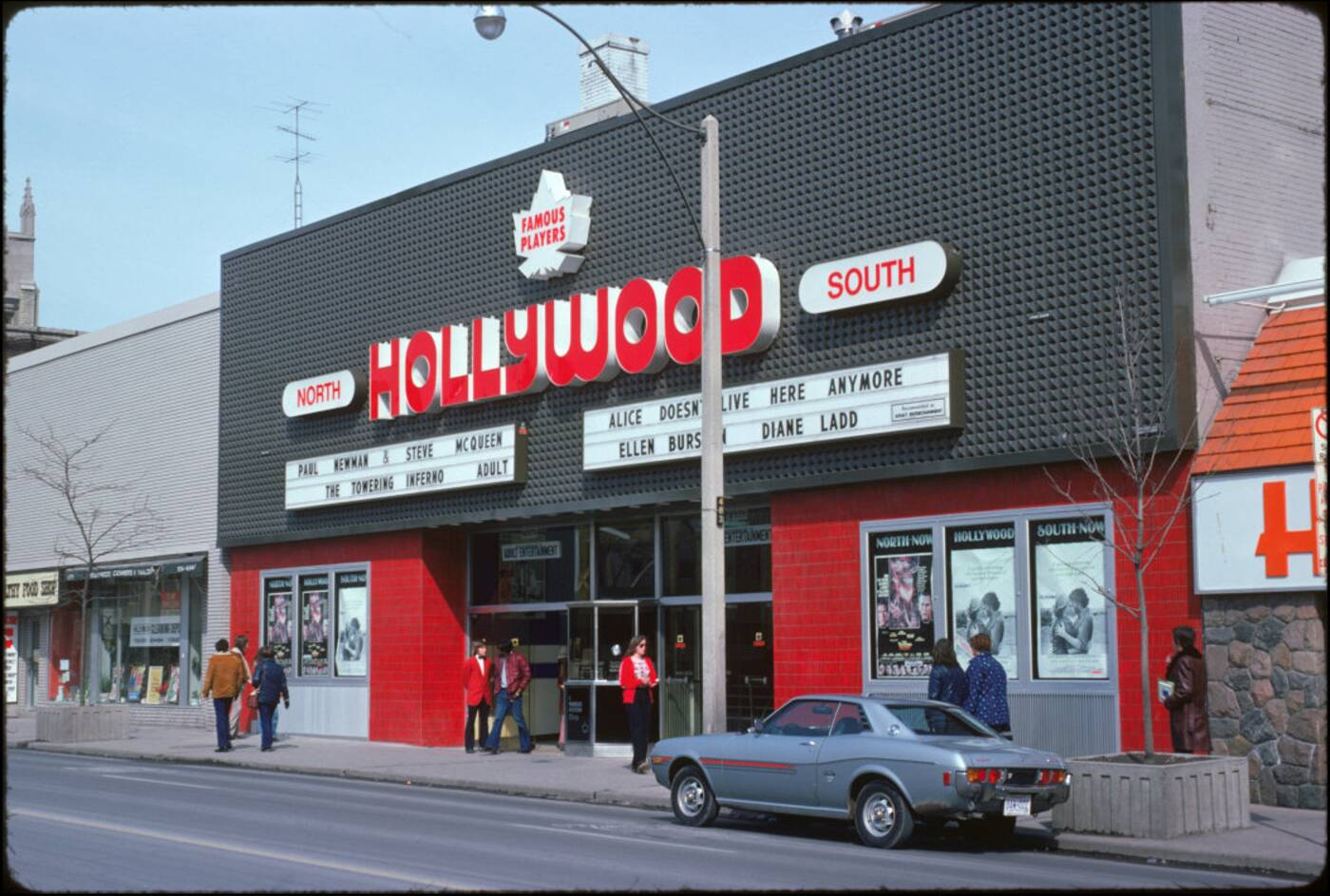 hollywood theatre toronto