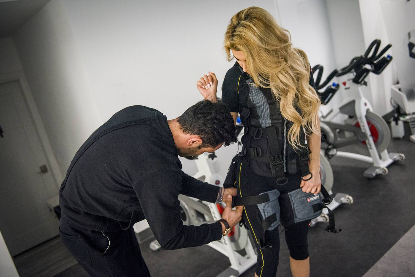 go go muscle training