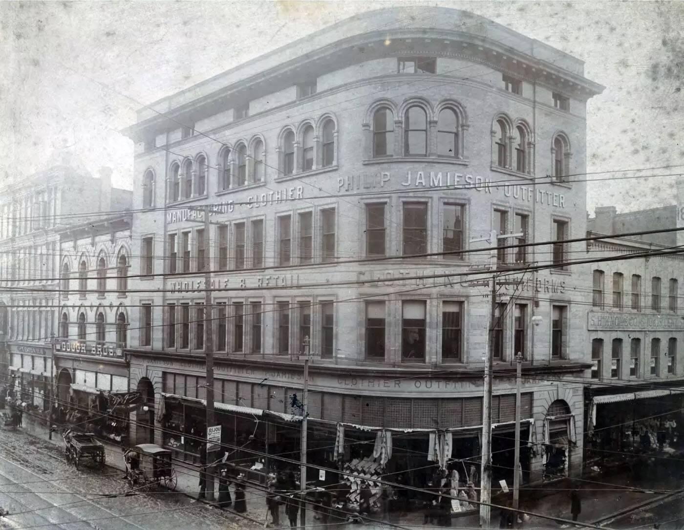 2 Queen Street