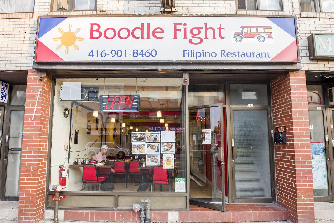 Boodle Fight Toronto