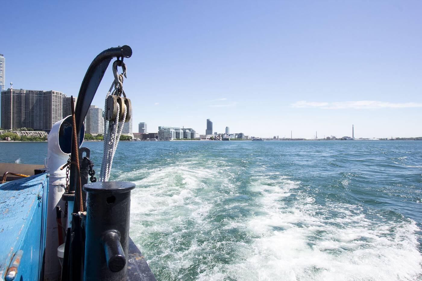 ferry to toronto island