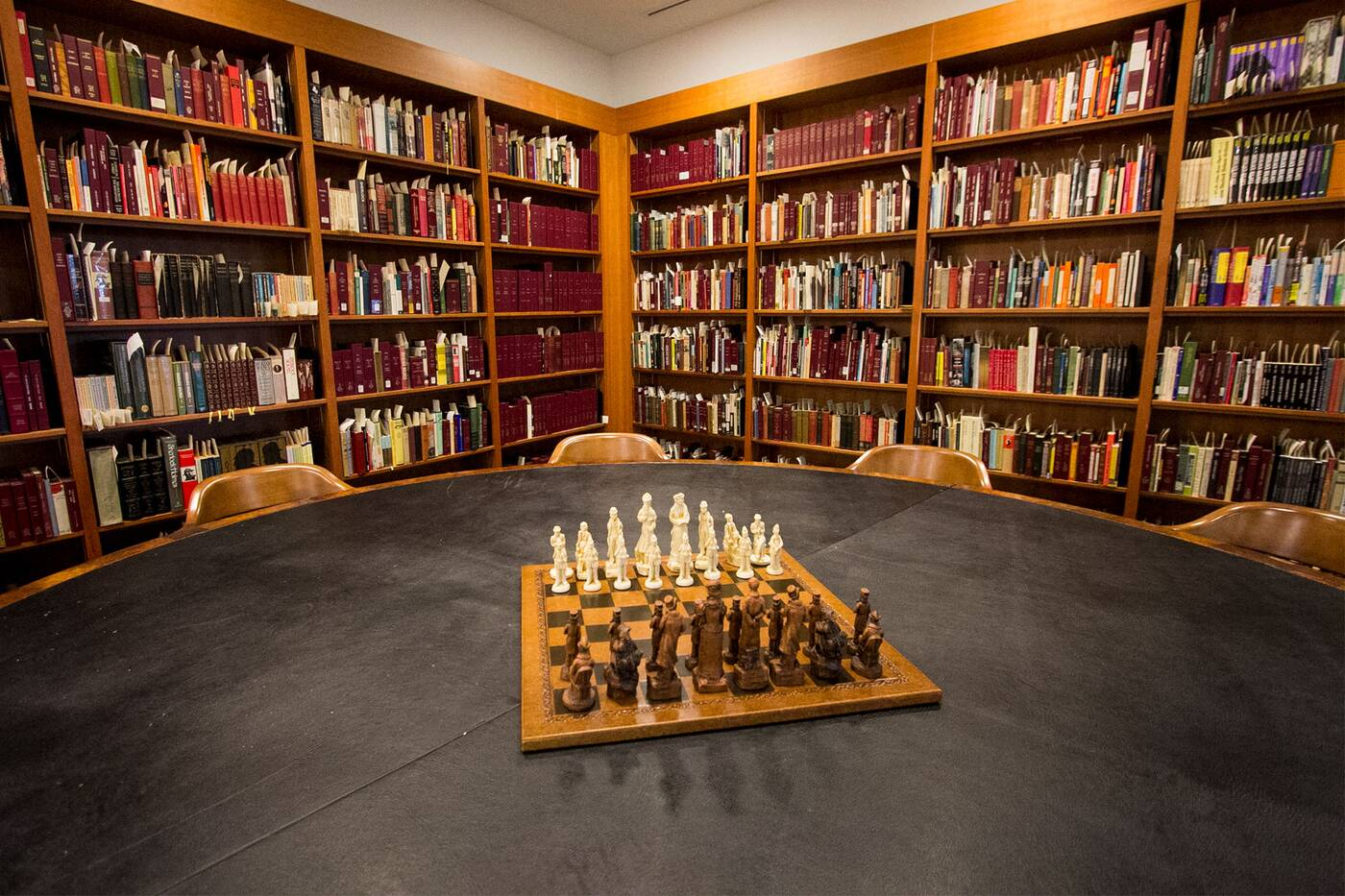 sherlock holmes room reference library