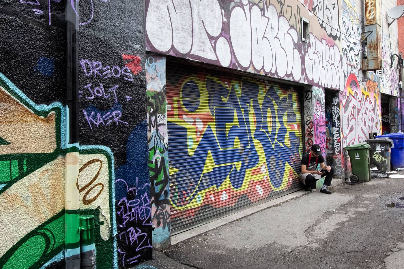 graffiti alley toronto