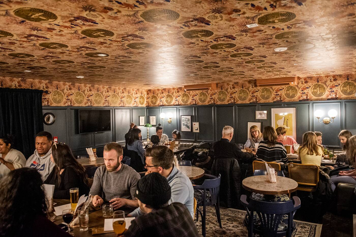 Dog Tiger Pub Toronto
