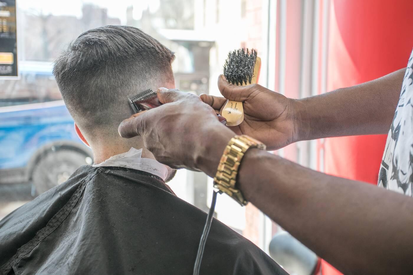 onyx barbers toronto