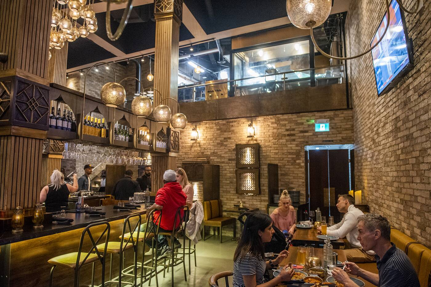 first date restaurants toronto