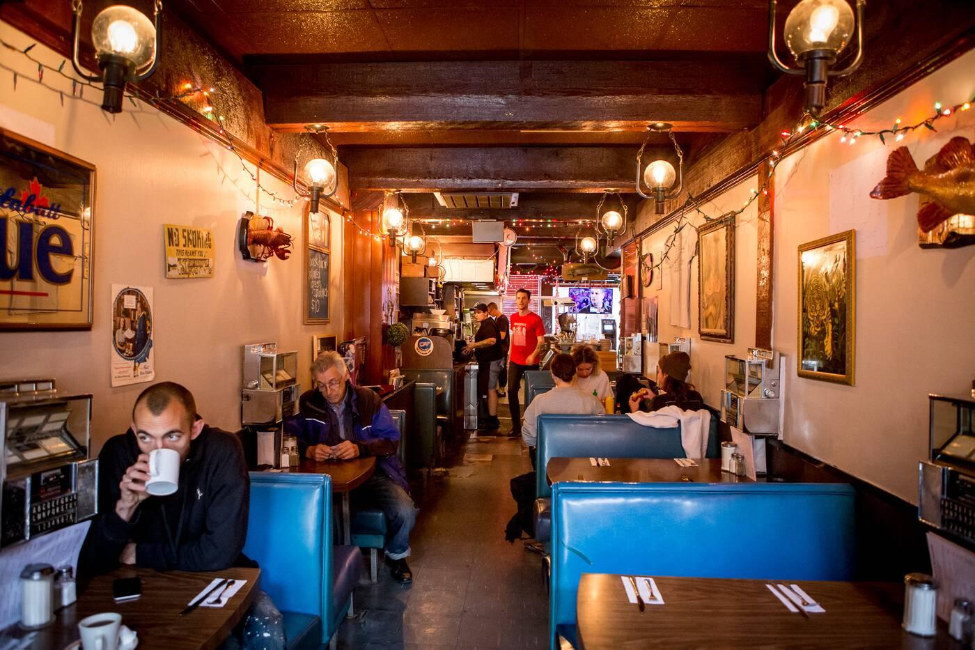 Restaurants Open Christmas Day 2019.20 Restaurants Open On Canada Day In Toronto By Neighbourhood