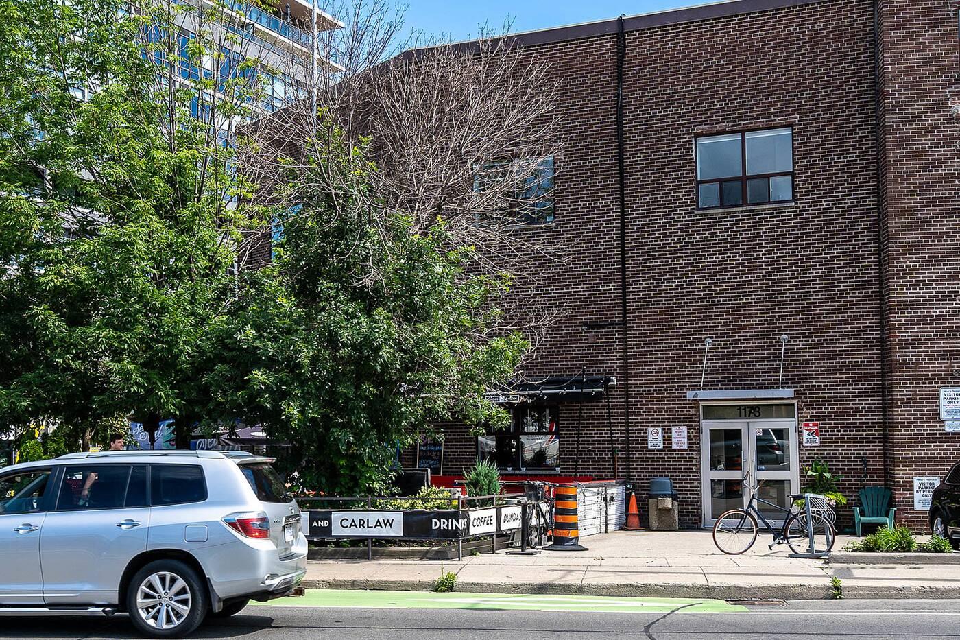 1173 Dundas Street East Toronto