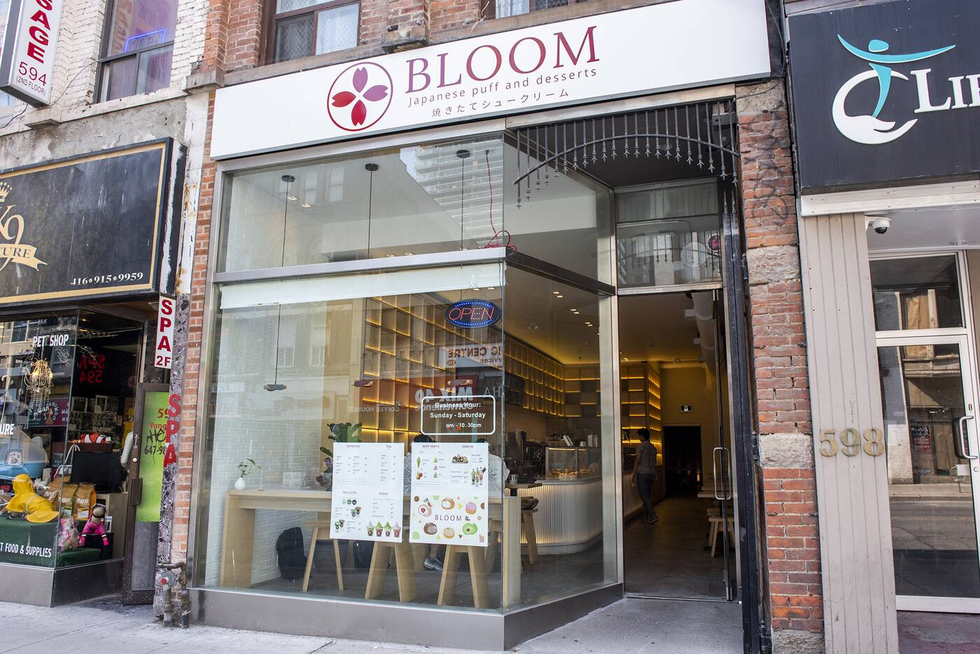 bloom cafe toronto