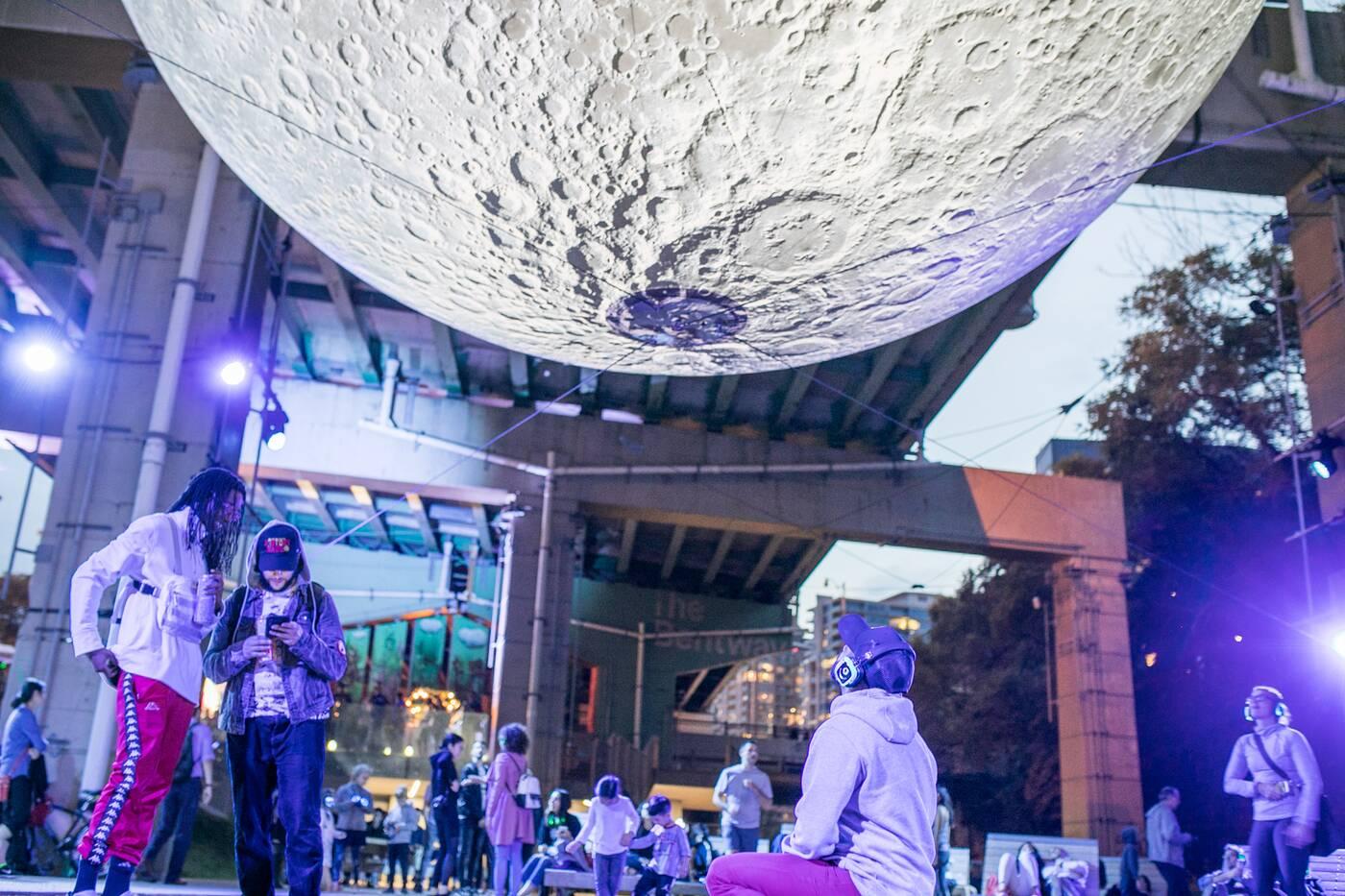 moon bentway toronto