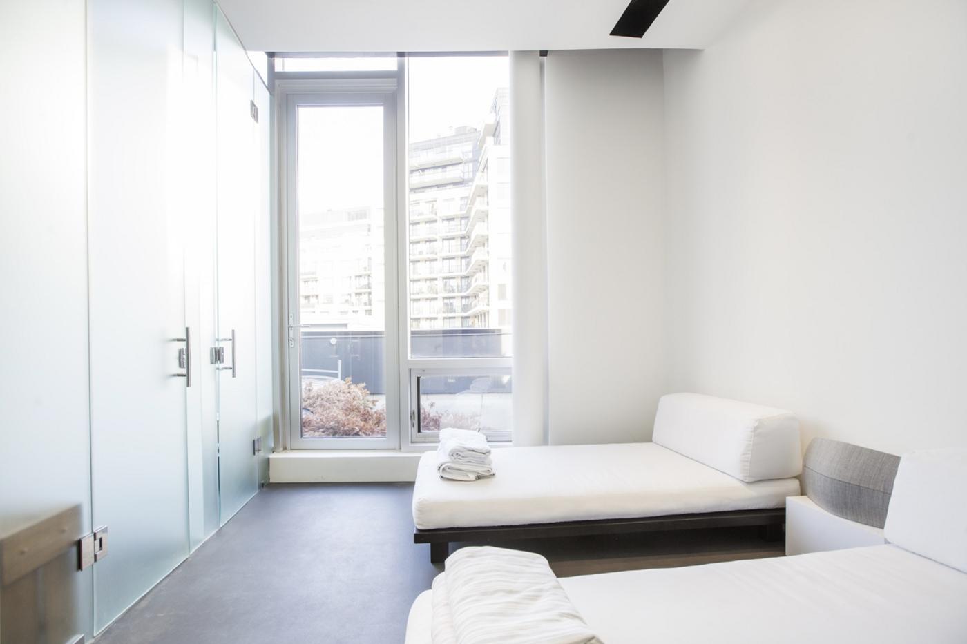 yorkville airbnb toronto