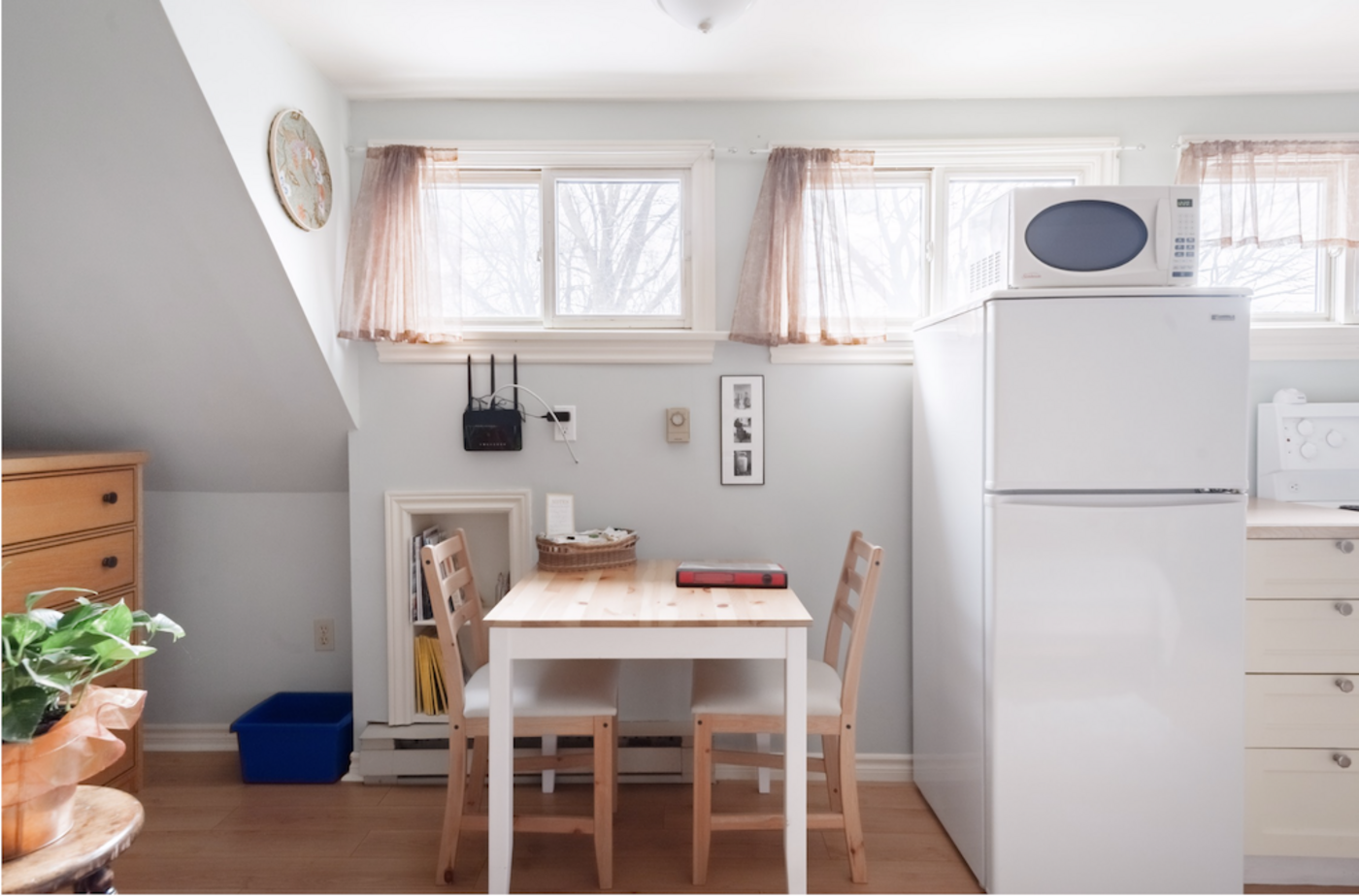 airbnb danforth laneway house