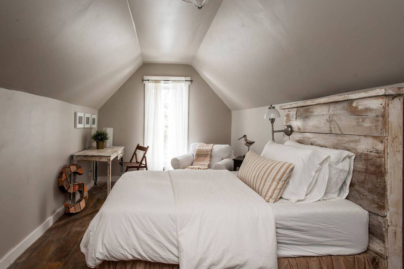 beaches airbnb toronto