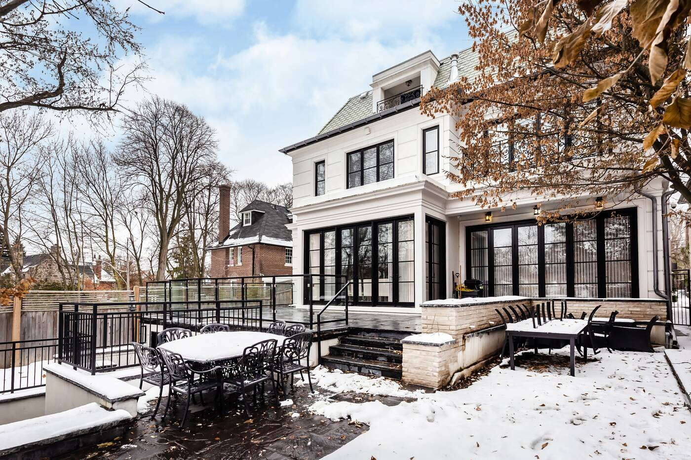 225 forest hill road toronto
