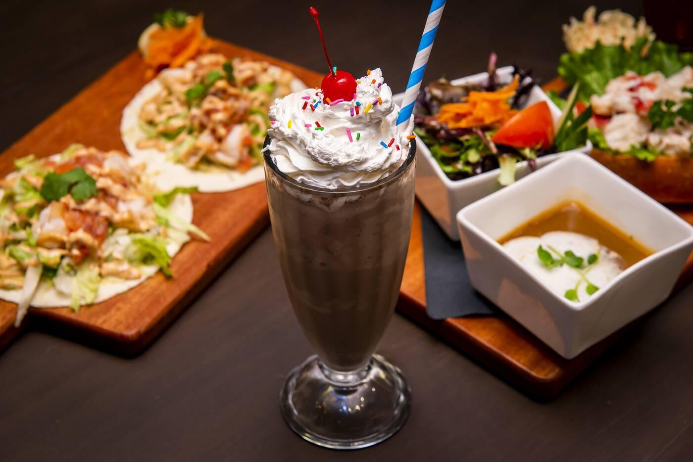 lobster burger bar toronto