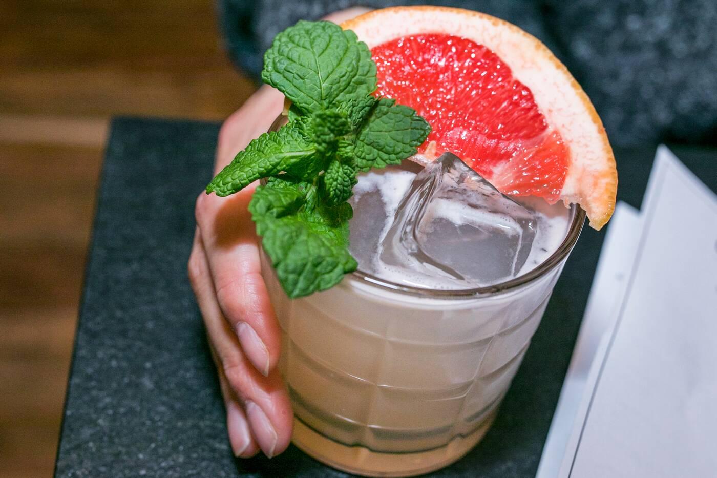 standard bar toronto