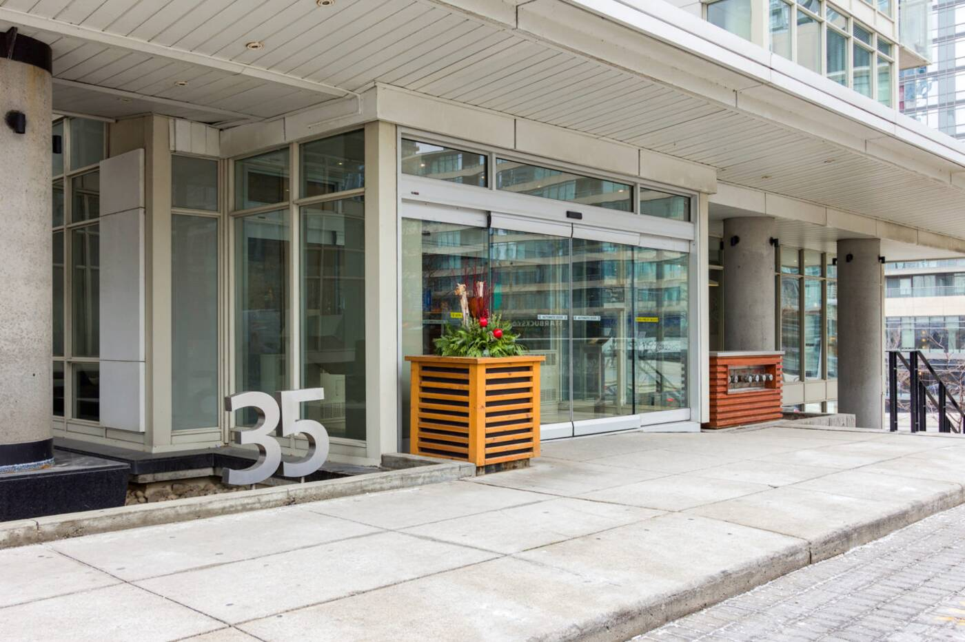 35 Mariner Terrace Toronto