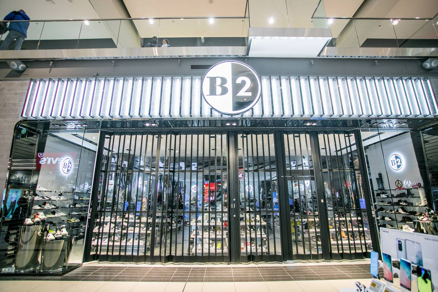 coronavirus toronto malls