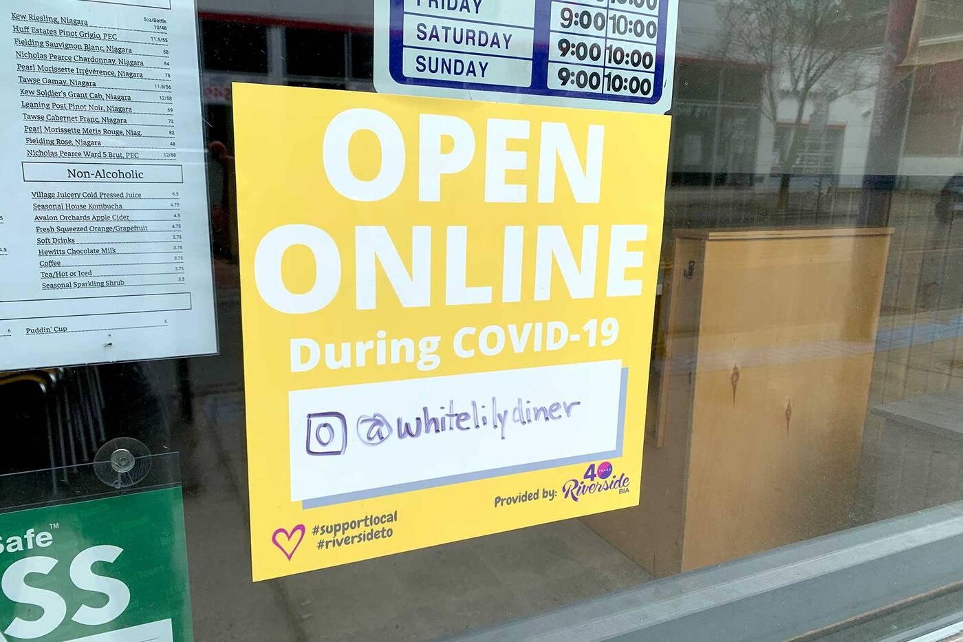 stores open toronto