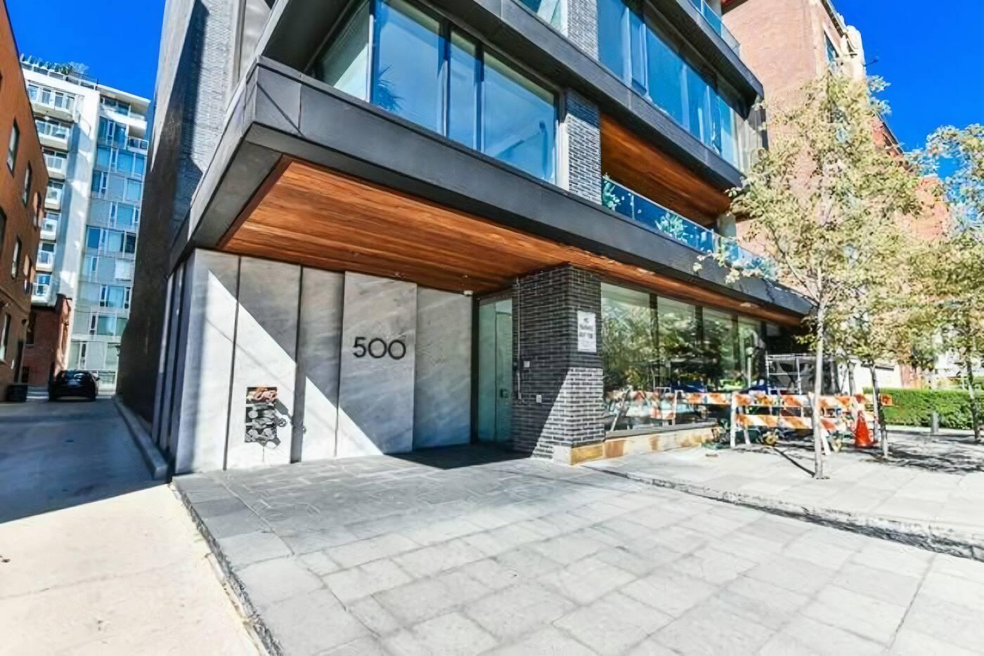 500 Wellington Street West