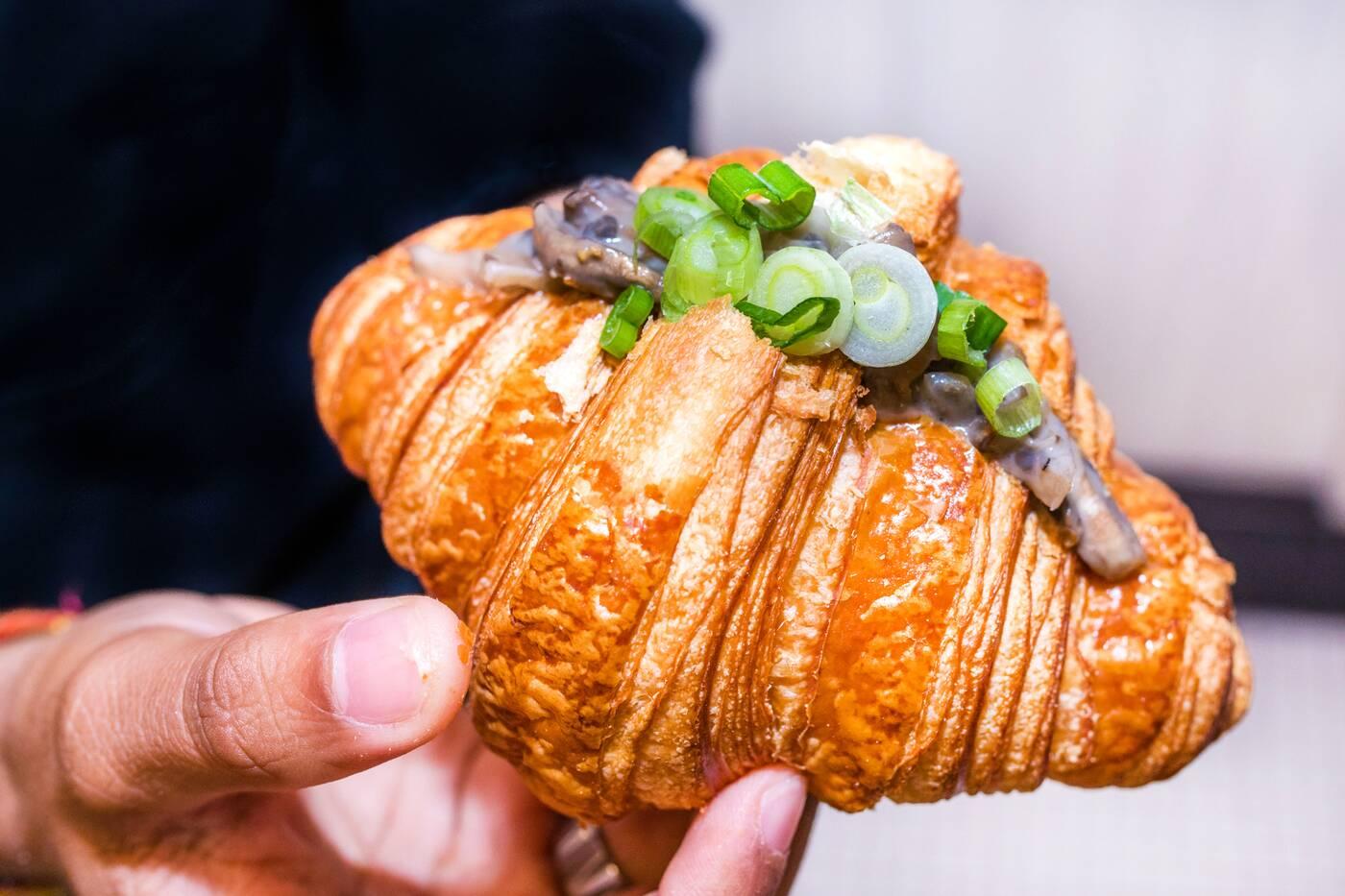 croissants toronto