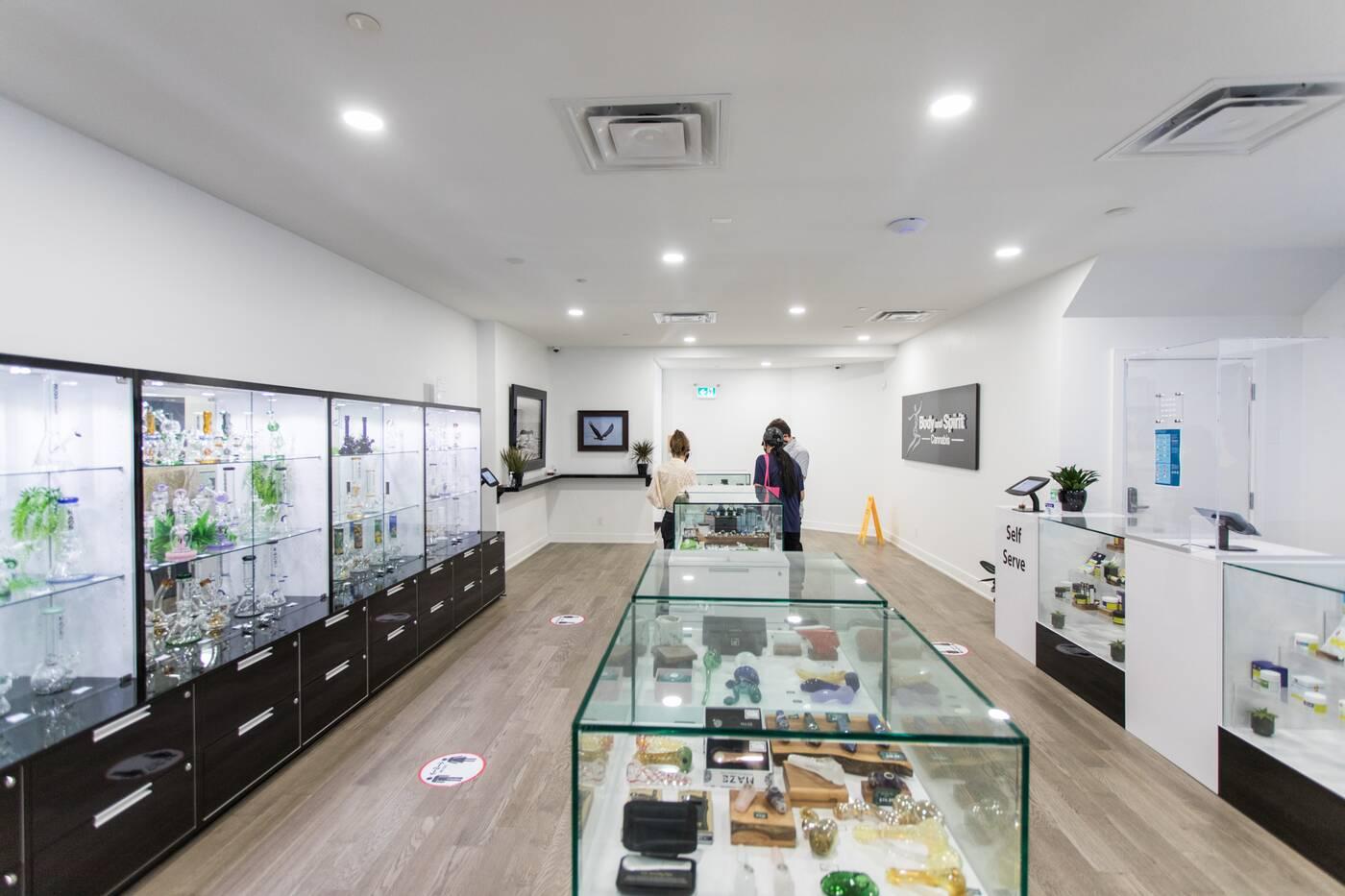 cannabis delivery toronto