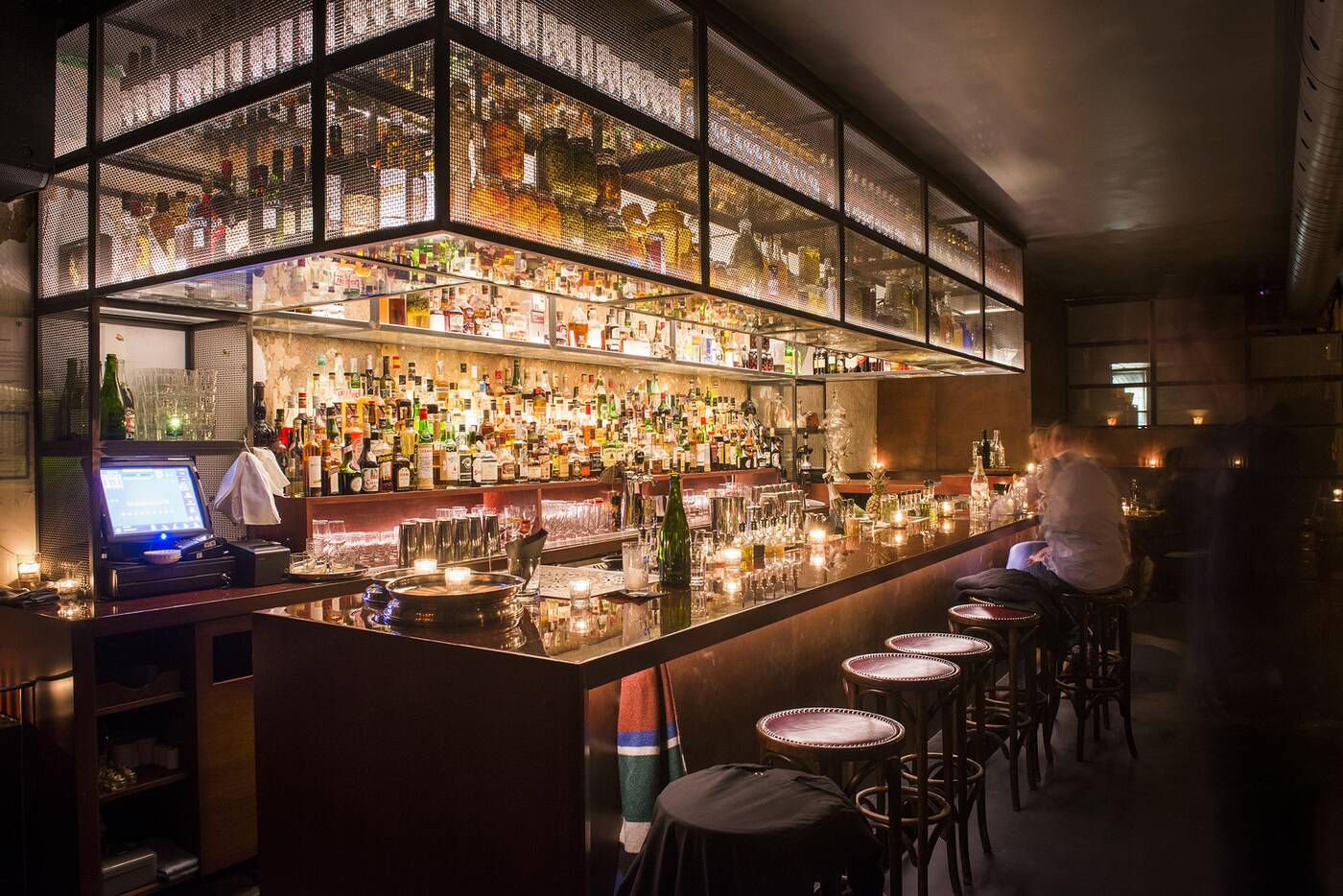 closed bars toronto