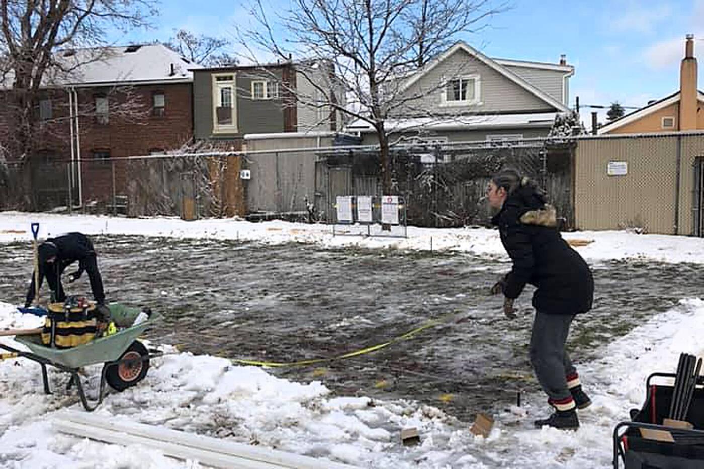 屋外アイススケートリンク