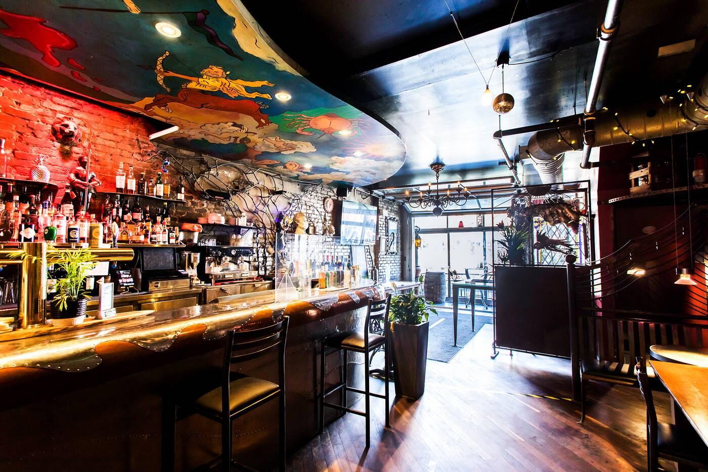 Ferro bar cafe