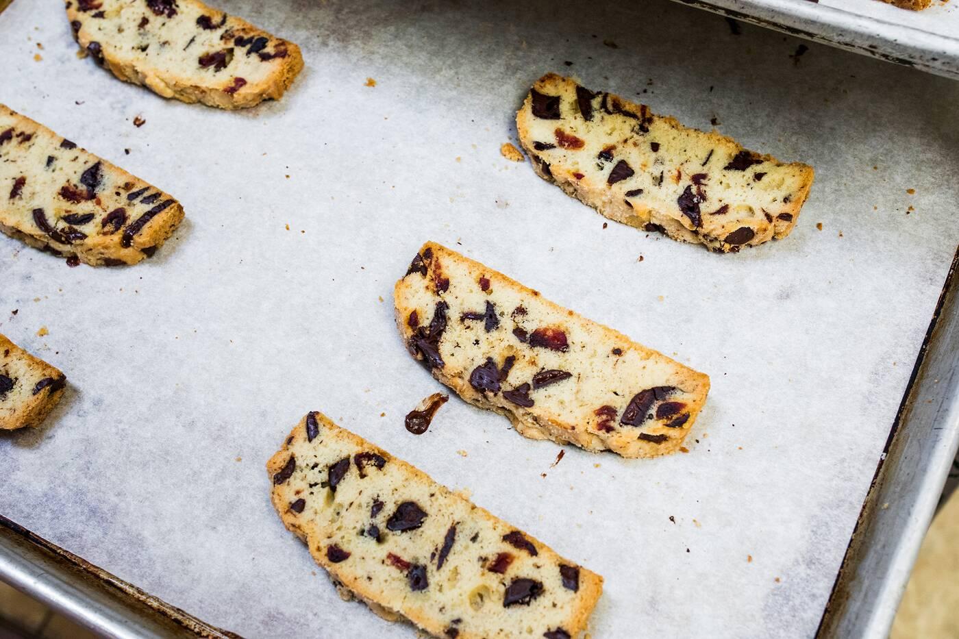 biscotti queen toronto