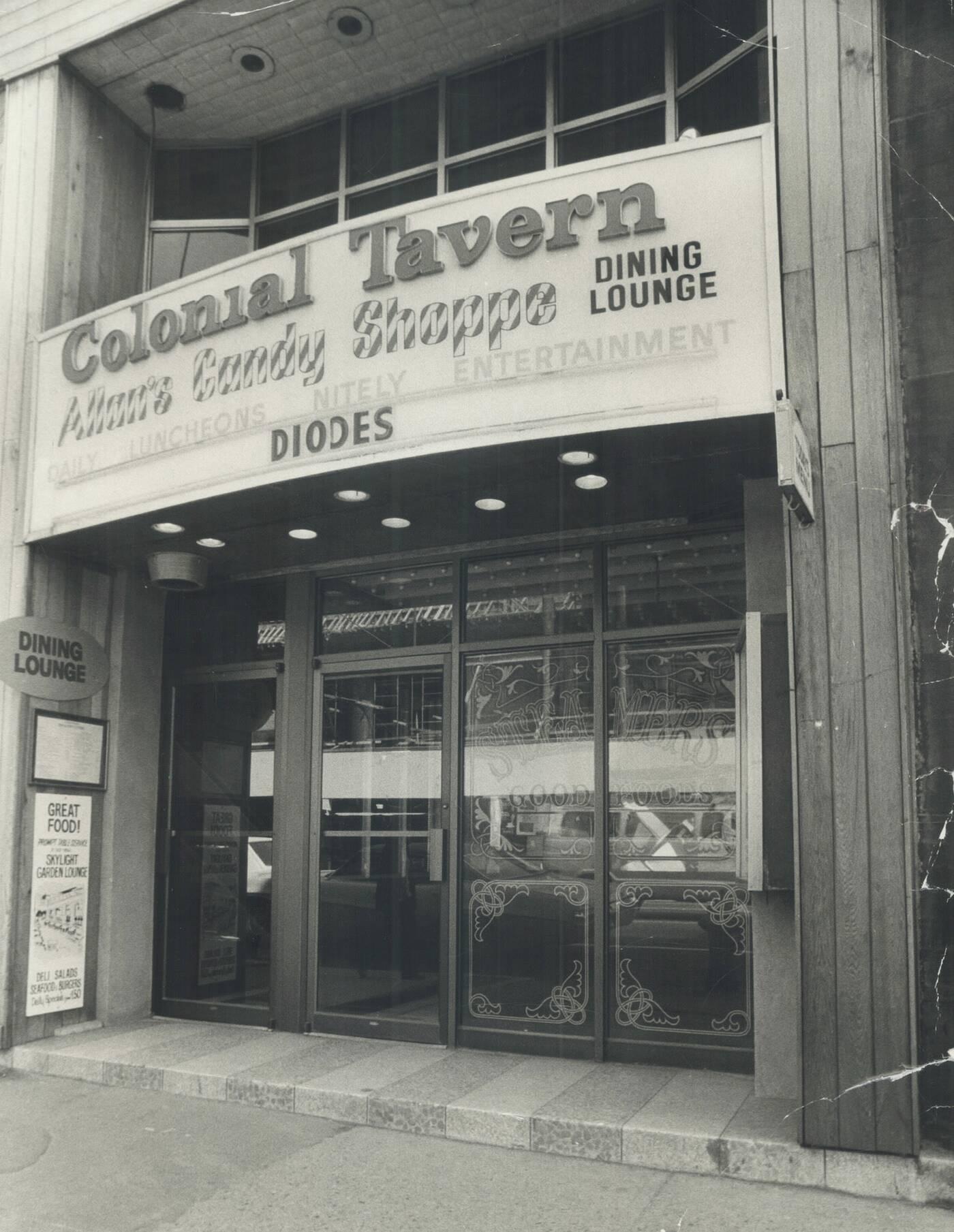 colonial tavern toronto