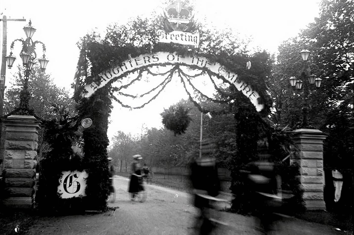 queen alexandra gates toronto