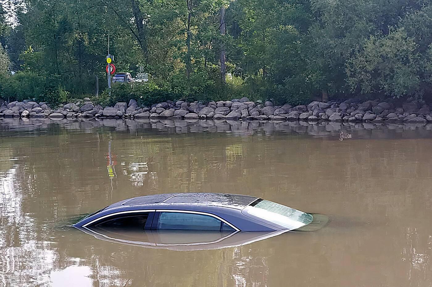 car etobicoke creek