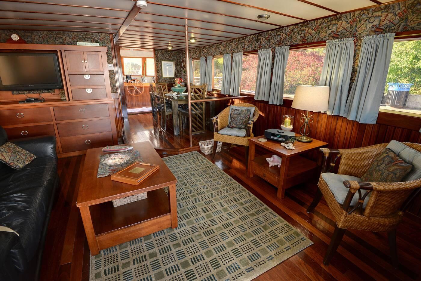 boatel floating hotel