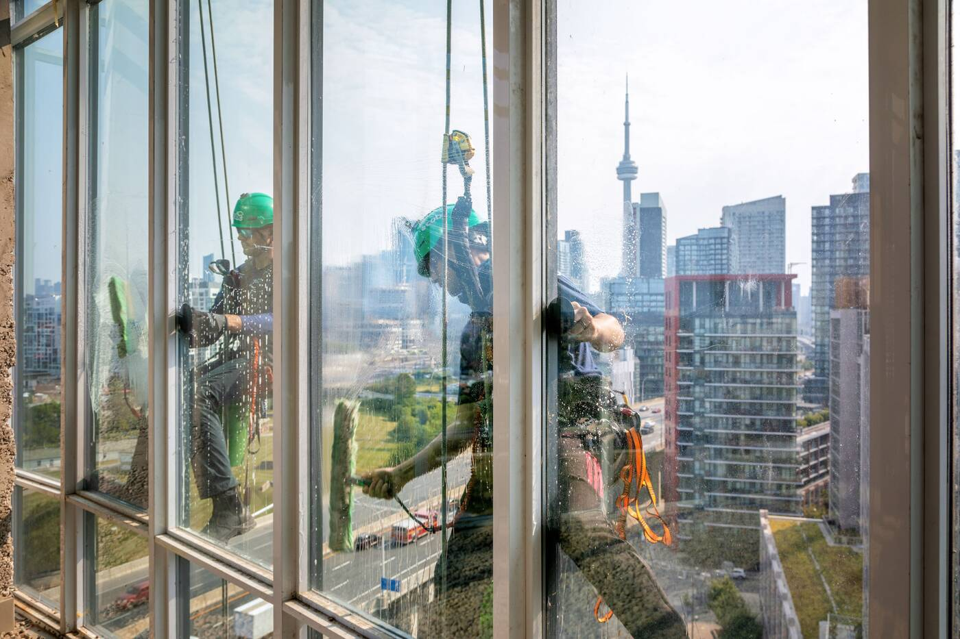 toronto window cleaner view