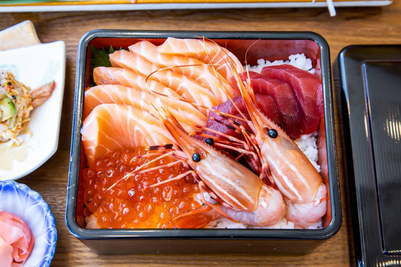 r sushi toronto