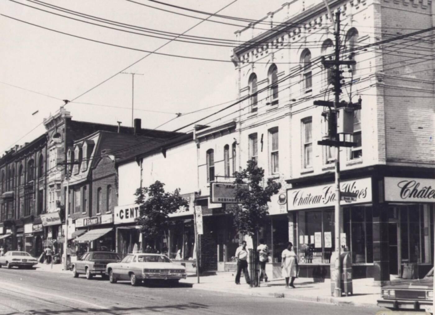 1354 Queen Street West